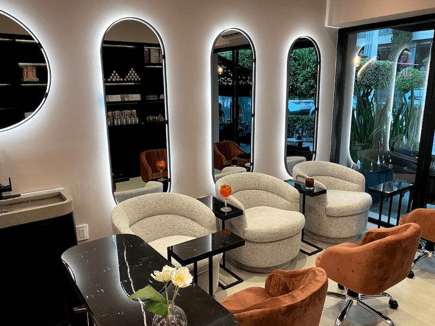 Llega a México Kiara Sky Nails, la marca líder de uñas en USA,  abriendo su primer showroom y su Sky Nails Salon