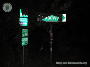 entfernte Abdeckungen entlang der Umleitungsstrecke | Foto: Berg-und-Naturwacht.org