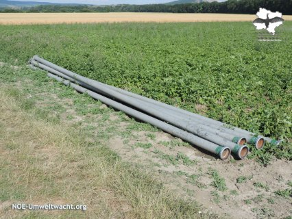 Feldgut: Rohre zur Feldbewässerung | Foto: NOE-Umweltwacht.org