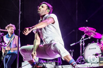 Young the Giant-5