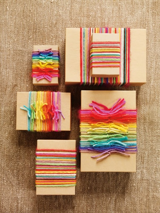 wrapping gifts with yarn