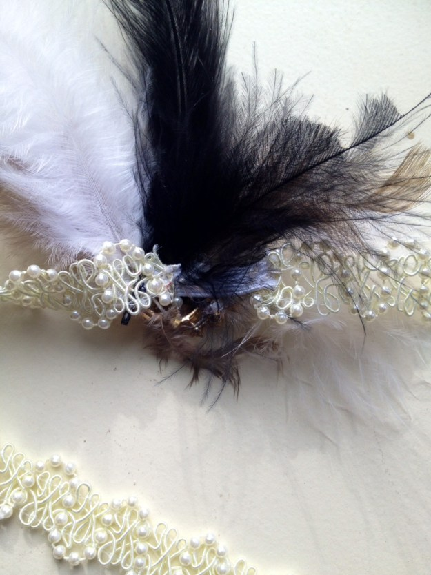 20's headband with feather