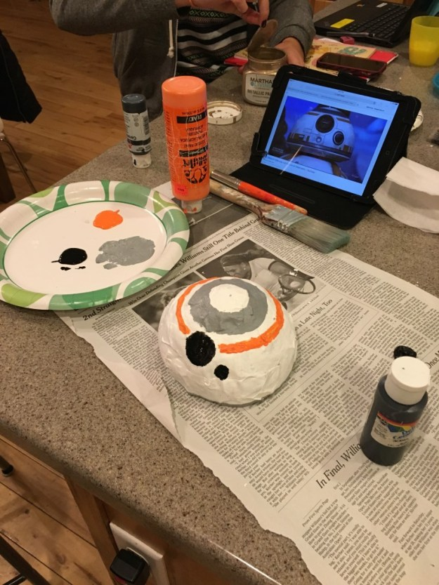 painting BB8 head