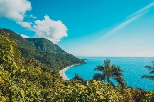 la vista di Playa San Rafael dal punto panoramico
