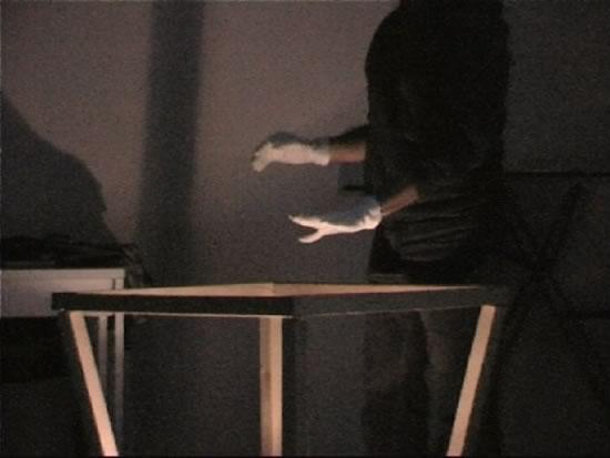 """Teatro e realtà virtuale. Il """"teatro delle interfacce"""", ibridazione e ridefinizione della rappresentazione"""
