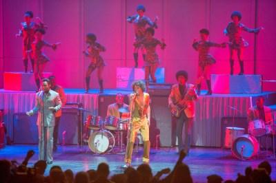 Primer tráiler y nuevas imágenes del biopic de James Brown 'Get on up'