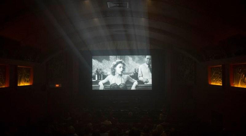 'Las estrellas de cine no mueren en Liverpool': Se retrasa de nuevo el estreno de la adaptación con Annette Bening
