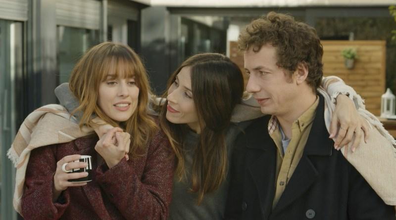 'Hacerse mayor y otros problemas': Póster y tráiler de la comedia de Clara Martínez-Lázaro