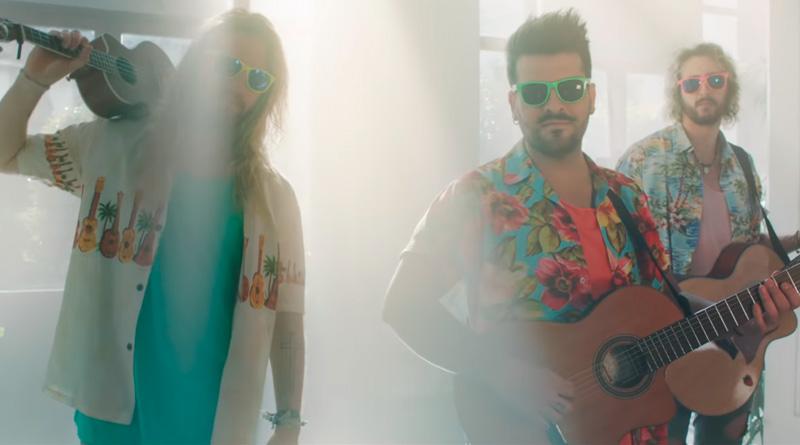 """'Los Futbolísimos': Videoclip del tema """"Superhéroes"""" del grupo Bombai"""
