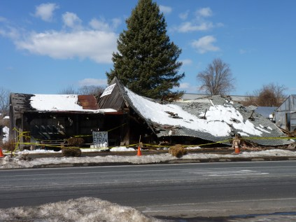 This barn was still being used as a farm stand. It collapsed the following year.