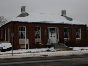 This used to be the town Post Office. When they built a new Post Office, they gave this building to the VFW.