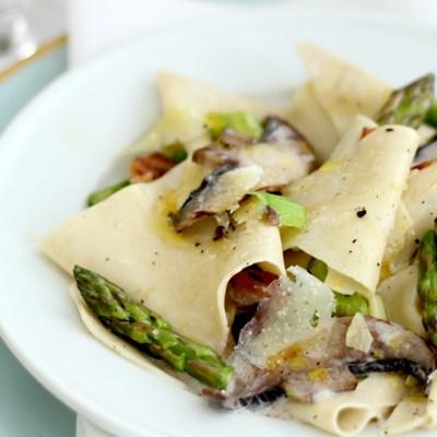 Parppardelle, Mushrooms & Asparagus