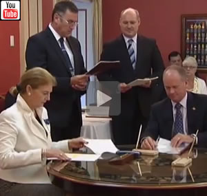 Campbell Newman is sworn in as Queensland Premier on March 26th, 2012, by Governor of Queensland, Ms Penelope Wensley.
