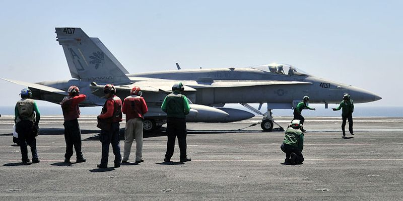 US FA-18C fighter being readied for Iraq Airstrike.  Photo: Wikimedia Commons