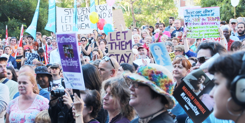 Gallery: Melbourne Refugee Sanctuary rally calls out to #LetThemStay by @takvera
