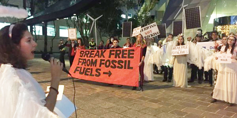 BreakFree2016 Perth protest. Photo: @OurClimatePerth/twitter