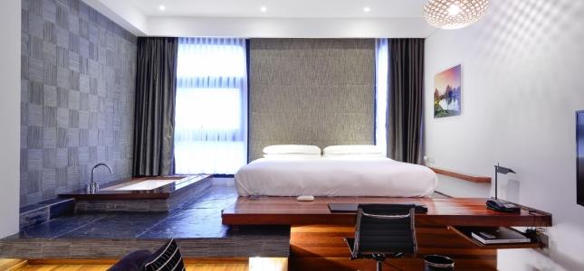 studio-room_URBN Hotel.jpg