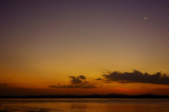 With the sun set, the moon and Venus rise at Mawlamyine