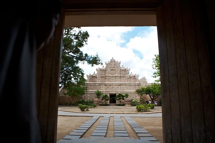 Taman Sari, Jogja, Indonesia, Temple, Jamie Chan, No Foreign Lands, Travel Blogger