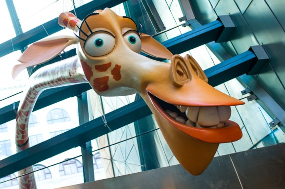 Marty, Giraffe, Madagascar, Dreamworks exhibition, Melbourne, Jamie Chan, Leica, No Foreign Lands, Blog