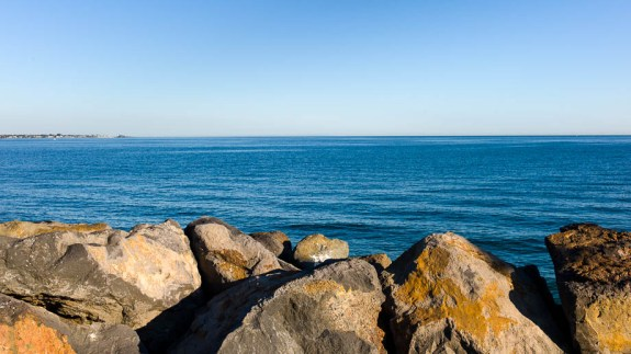 Melbourne, Leica, Blogger, Jamie Chan, No Foreign Lands, St Kilda, Beach, Blue, Rocks