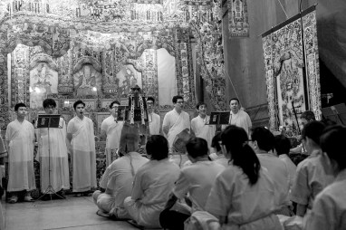 Chinese Funeral, Singapore, Traditions, Hooded women, Leica, Monochrome, Jamie Chan, Photography, Documentary mouners