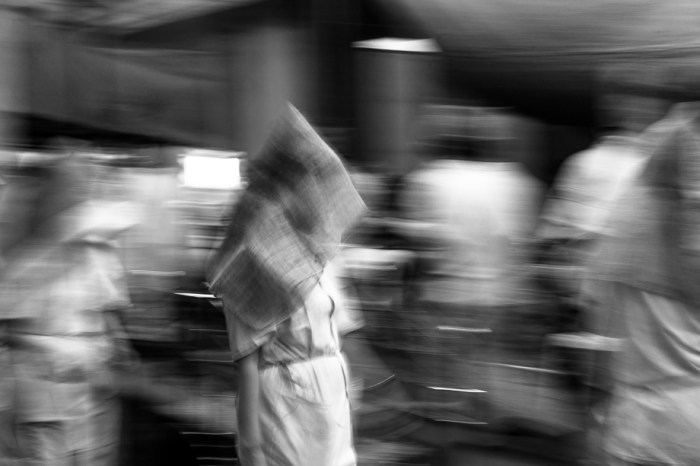 Chinese Funeral, Singapore, Traditional, Leica, black and white, movements, spirits, hooded woman