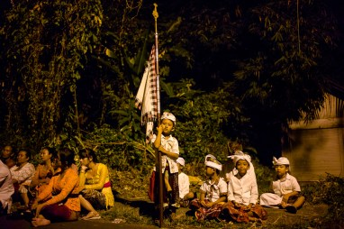 Jamie Chan, Barong, Traditional Ceremony, ritual, night time, No Foreign Lands, Leica, Bali, Indonesia, Travel