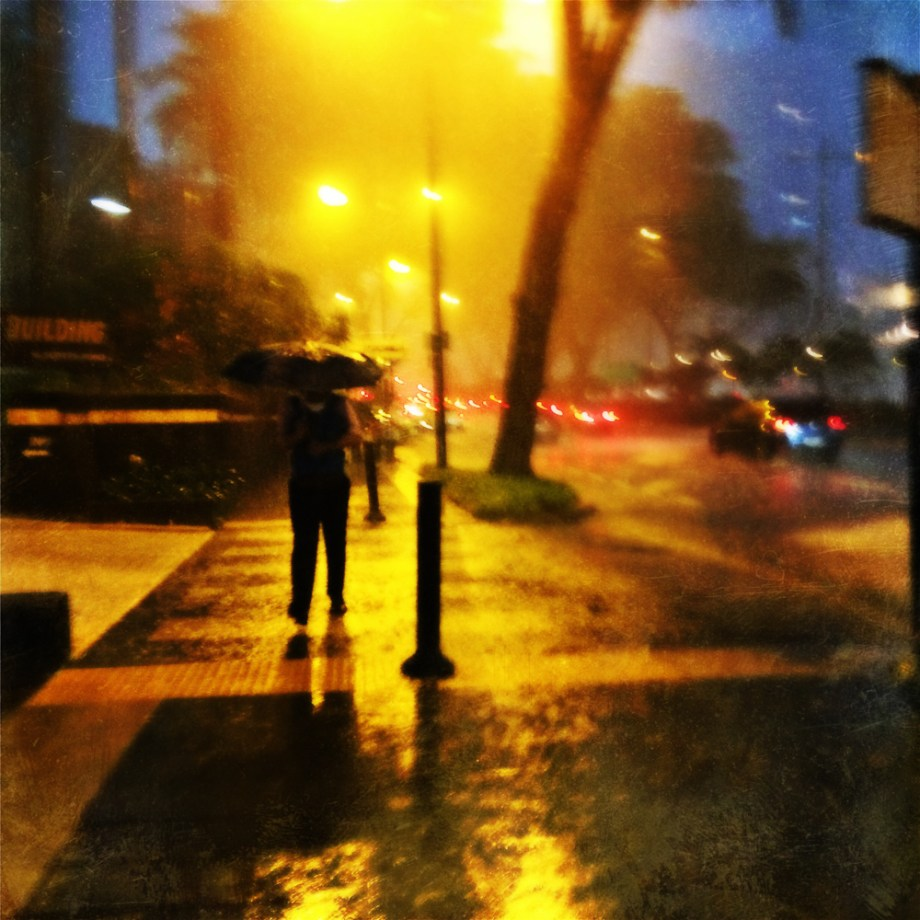 rain, umbrella, street photography, No Foreign Lands, iPhone, Hipstermatic, Jamie Chan, Travel, Singapore