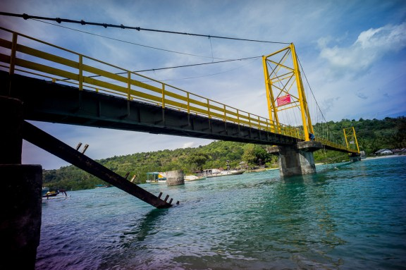 Lomography, New Russar+ Lens, Sandy Beach, Nusa Lembongan, Sea, Leica M-E, bridge