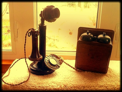 candlestick_phone