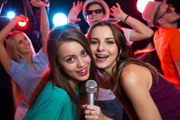 NoFrames_karaoke_firmeno_sabitie
