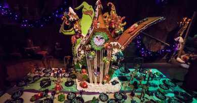 haunted mansion gingerbread house 2017