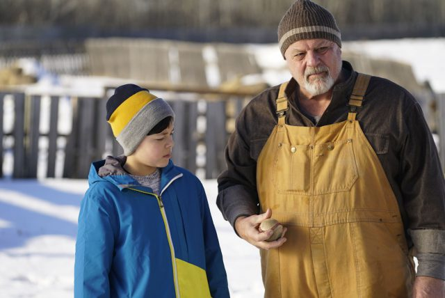 [Trailer] KNUCKLEBALL is the R-Rated HOME ALONE You Didn't Know You Needed