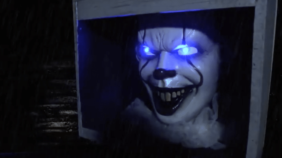 Life-Size Pennywise Animatronic Floats into Party City