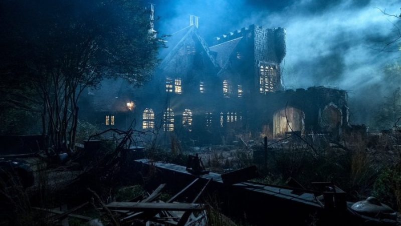 teaser-trailer-and-photos-from-netflixs-the-haunting-of-hill-house