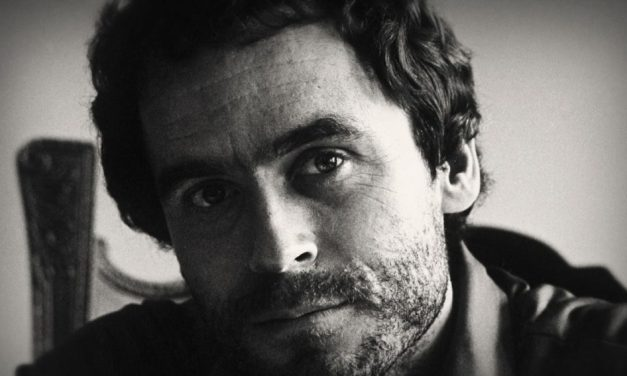 [Trailer] CONVERSATIONS WITH A KILLER: THE TED BUNDY TAPES