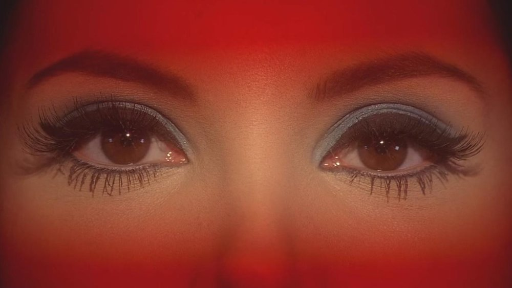 [Rewind] THE LOVE WITCH Mixes Up the Perfect Potion of Delicious Horror & Satire