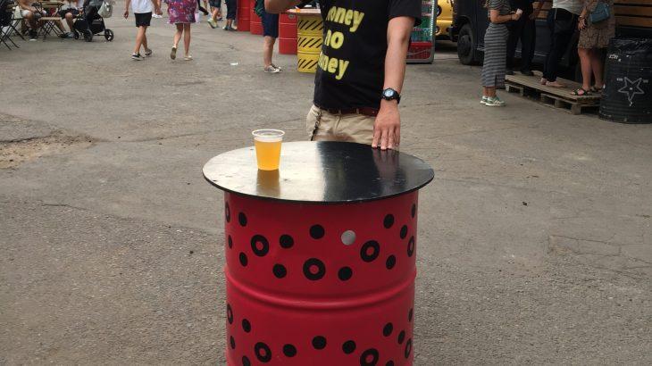 【世界のせんべろ】ベラルーシで立ち飲みドラム缶!