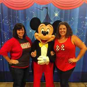 5 Reasons to Buy runDisney Bibs With a Travel Agent
