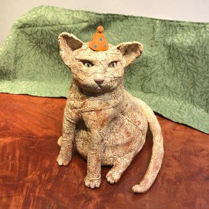 Jo Rowley 'Cat in the Hat' Ceramic 12 x 10 x 10.5