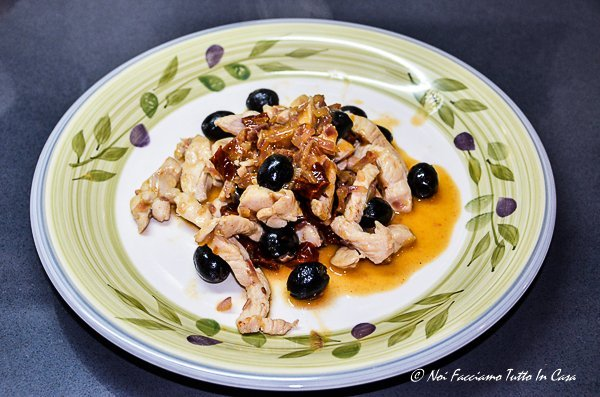 straccetti-di-pomodoro-con-olive-e-pomodori-secchi-17