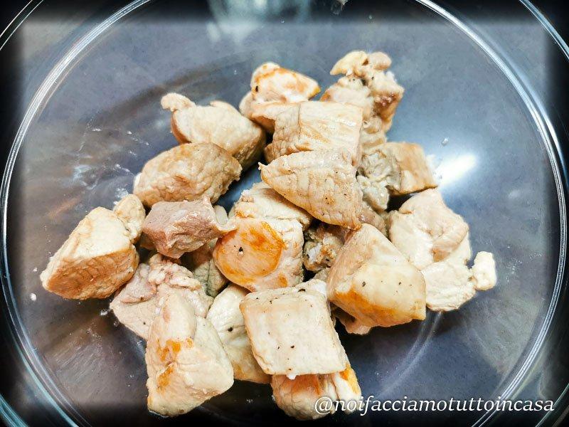 Tortellini di Carne in Brodo
