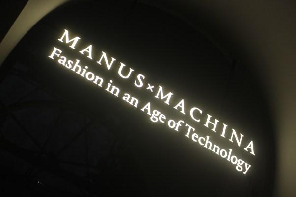 NTB ManusMachina Met Nail Art31