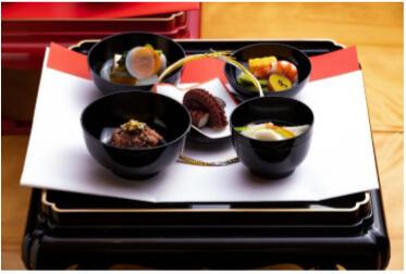 東山のお食い初め膳の画像