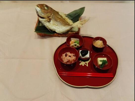 雪峰のお食い初め膳の画像