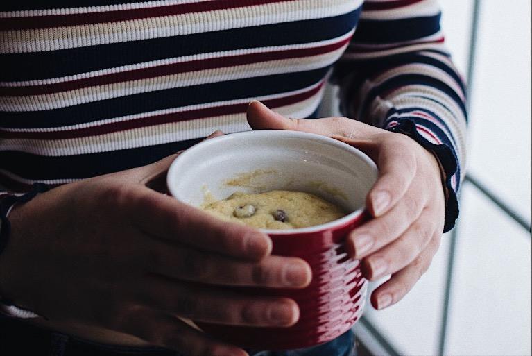 Biscuit dans une tasse