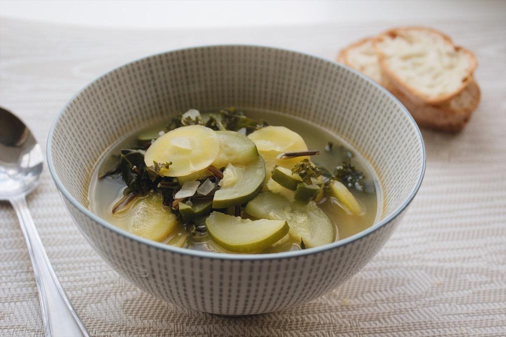Soupe aux légumes et riz sauvage