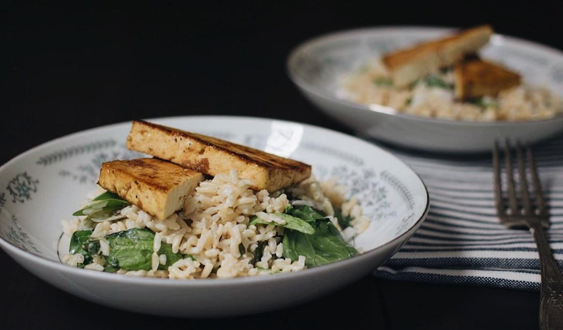 Tofu mariné au balsamic et riz crémeux aux épinards