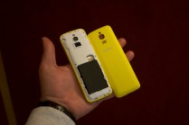 Nokia 8110 4G final Vienna battery and back cover